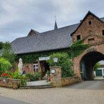 Burg Hausen bei Heimbach in der Eifel