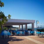 Blick auf die Terrasse des Restaurants auf dem Campingplatz Spiaggia Lunga am Gargano